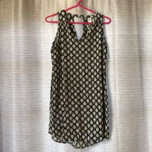 black and white old navy dress